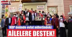 HDP önünde evlat nöbetindeki ailelere destek!
